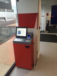 Un Libre Service Axa Banque Lsab A Quimperle Ccl Assurances